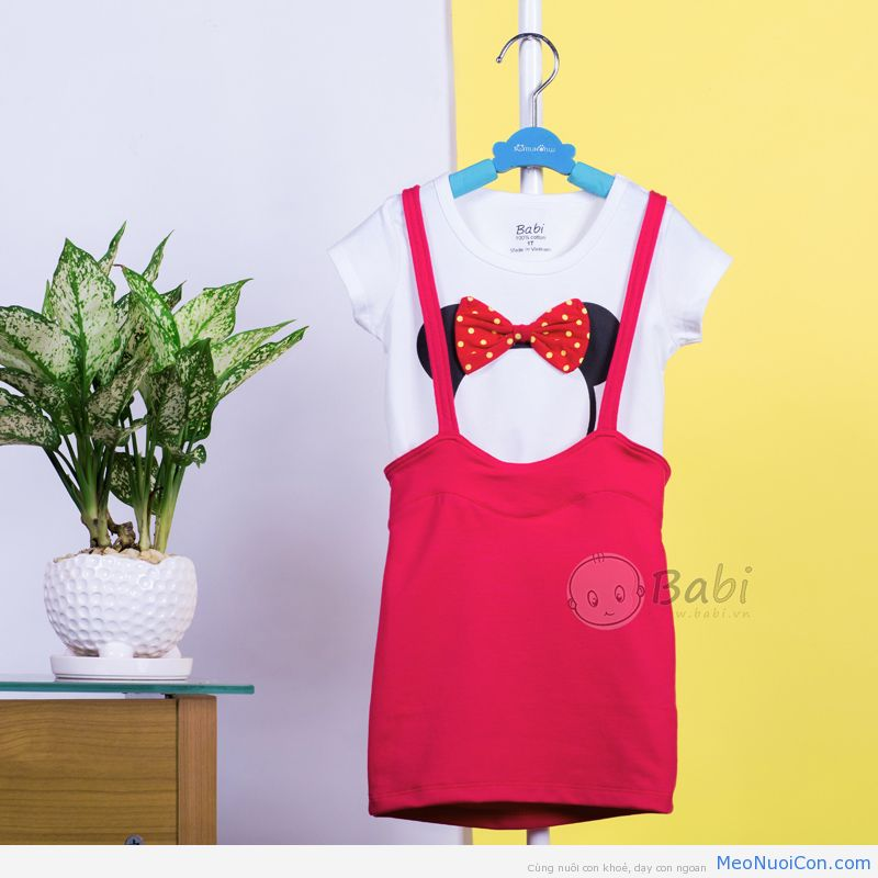 dam-yem-be-gai-in-hinh-minnie-mouse_1406
