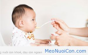 baby-feeding-tips-for-new-mothers-1492955930117