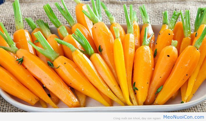 1473078997-HeirloomCarrots3516-thumb-596x350-166152
